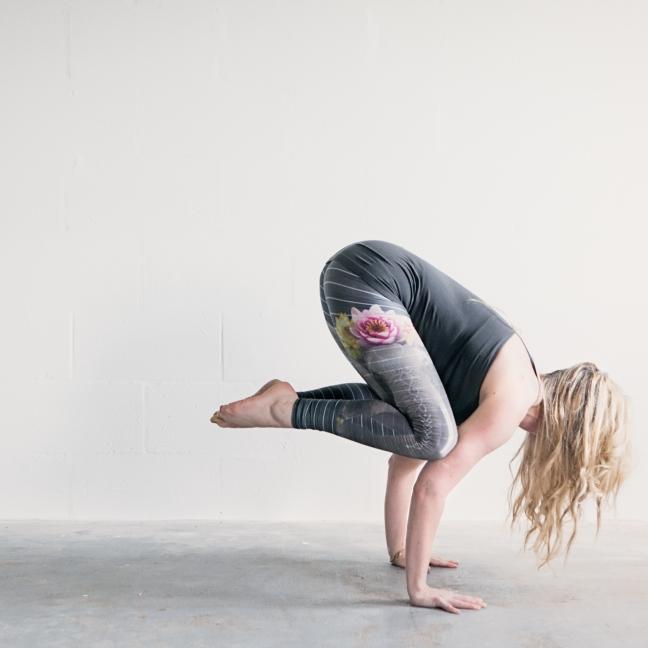 yoga27470-Edit